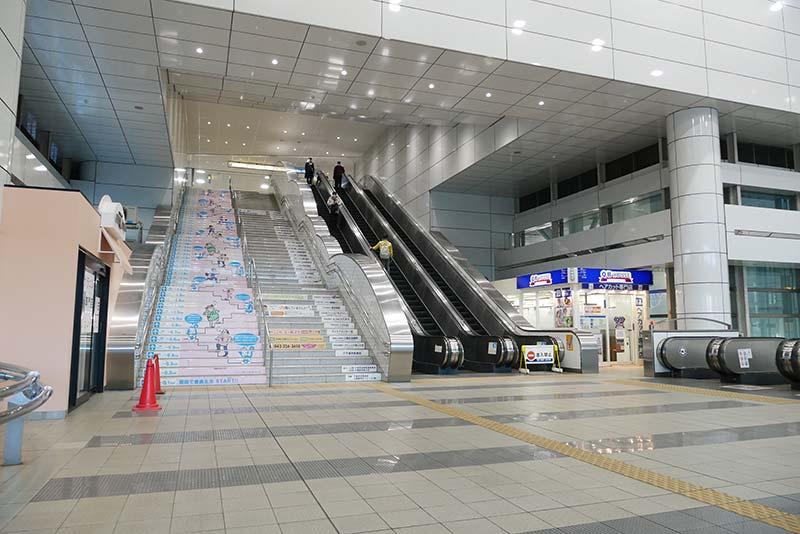 千葉都市モノレール 千葉駅 栄町ソープ街へのアクセスルート